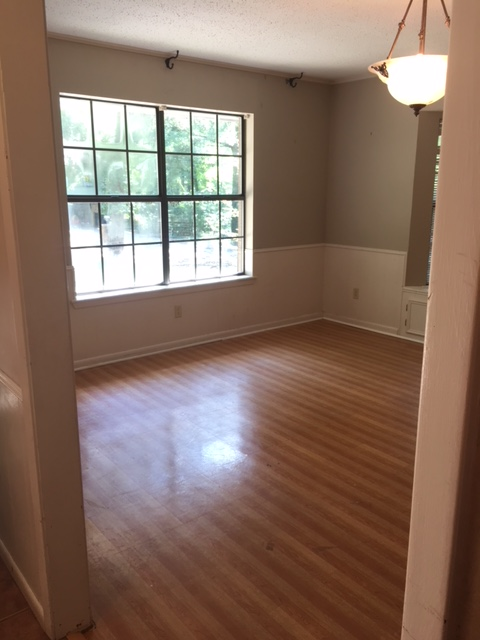3613 Chevy Chase Dining Room